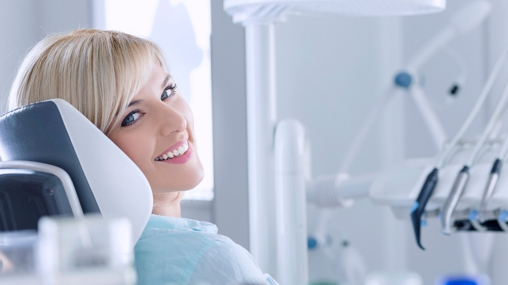 how to eliminate flaws in your teeth with dental bonding